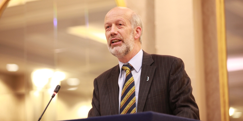 Minister Ford encourages applications for Horizon 2020 funding
